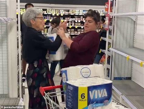 coronavirus pauline hanson calls people stockpiling toilet paper idiots  gum leaves