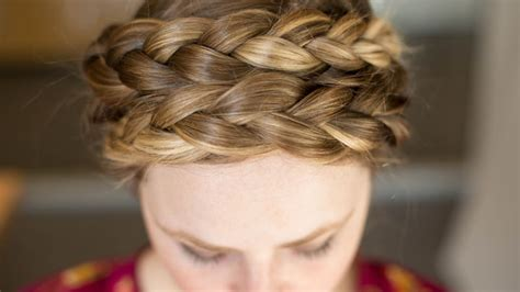 24 simple ways to make doing your hair incredibly easy