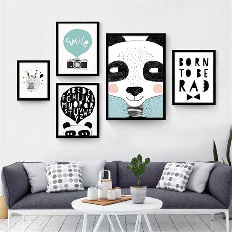 membuat hiasan dinding foto 17 gambar hiasan dinding ruang tamu minimalis yang unik
