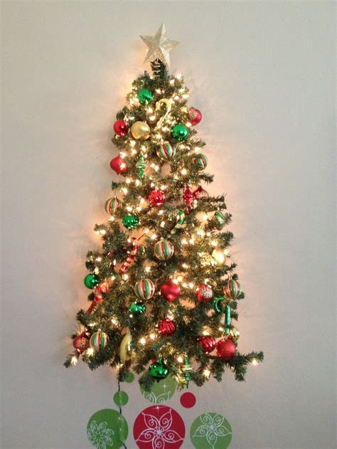 toddler and or cat proof christmas tree holidays