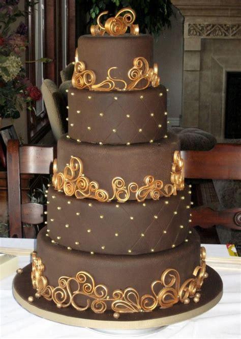 Hochzeitstorte Schokolade by Chocolate Frosted Wedding Cake With Golden Accents Cake