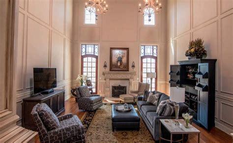 brick mansion   acres  lexington kentucky homes