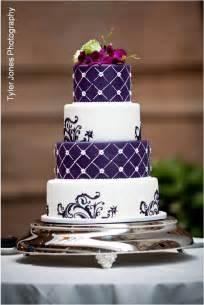 Wedding Cake Purple by Purple And White Wedding Cake A Wedding Cake