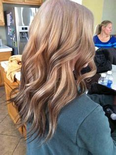 reverse ombre but only at the very bottom hair extensions w reverse ombre yesss this is what i want