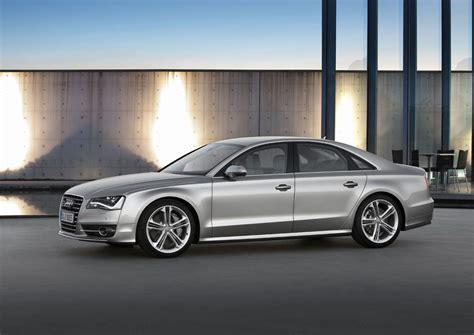 2012 Audi S8 by Otomotif Modern Audi S8 2012
