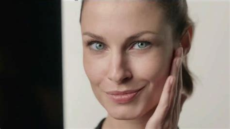 olay ageless model who are the actresses in the olay ageless commercials olay