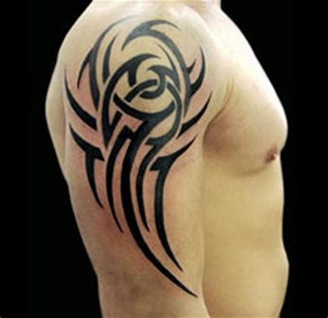 tattoo tribal dos homme tatouage homme tribal