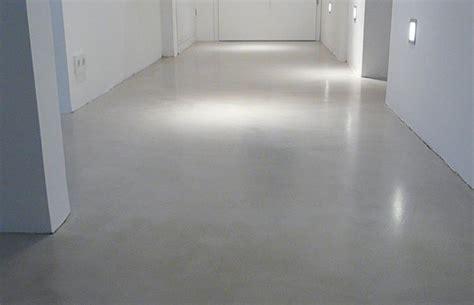 flur gestalten betonoptik flur beton wohndesign beton statt fliesen betonoptik