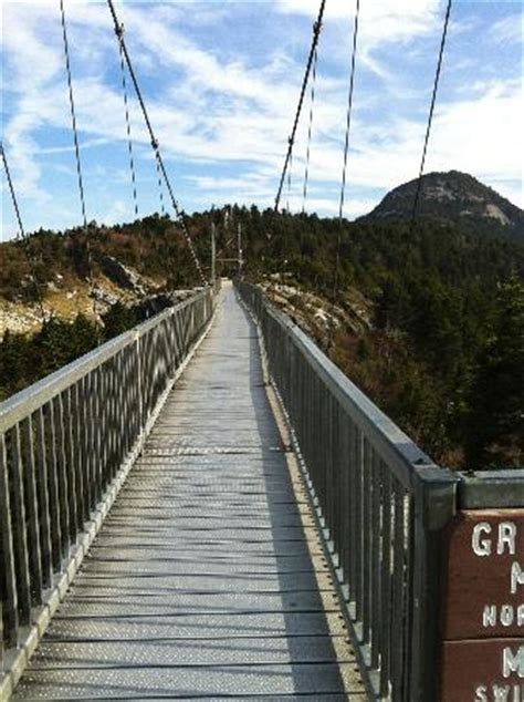 grandfather mountain swinging bridge swinging bridge picture of grandfather mountain