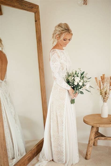 Winter Wedding Dresses Uk by 25 Best Ideas About Winter Wedding Dresses On