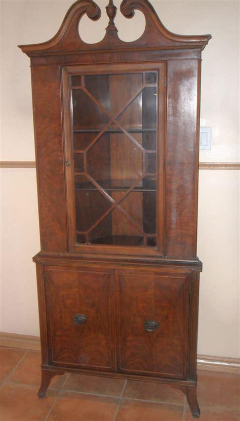 furniture endearing corner china hutch glass window door display home furniture sullivanbandbscom