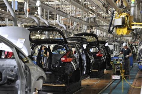 nissan manufacturing plants worldwide japan factory output drops but recovery seen intact