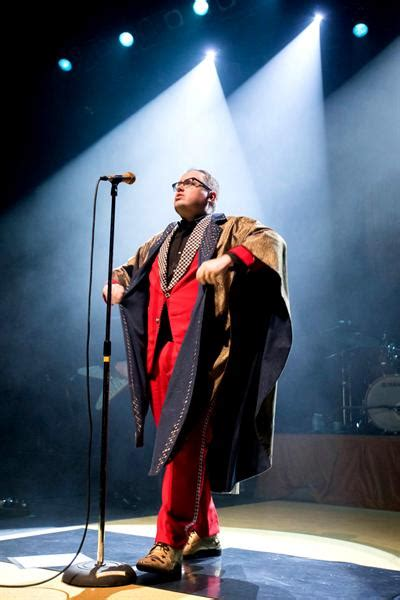st paul and the broken bones seattle pollstar reviews paul simon muse thirty seconds to