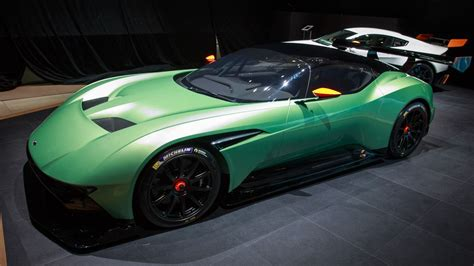 Aston Martin Vulcan Hp by Aston Martin Vulcan Is An 800 Horsepower Track