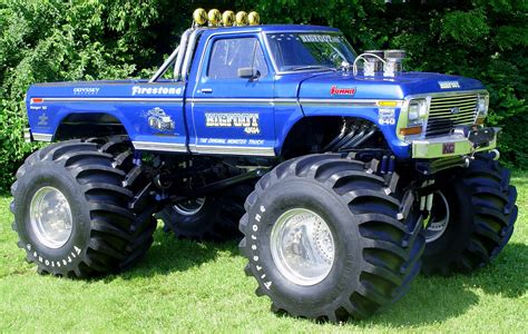 original bigfoot monster truck bigfoot is real and it ll appear at the atlanta motorama