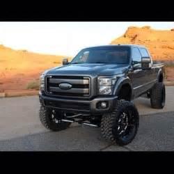 Big Wheels Truck Sporting The Big Wheels Big Trucks Big Trucks