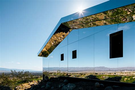 mirrored house doug aitken builds mirrored house in palm springs for desert x show