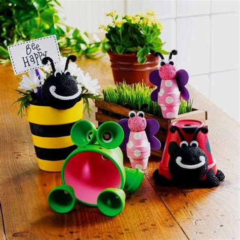flower pot craft for 12 garden decor crafts frogs flower and flower pot crafts
