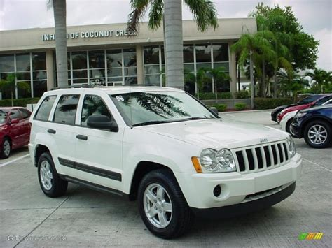 jeep grand cherokee laredo white 2006 stone white jeep grand cherokee laredo 35899313