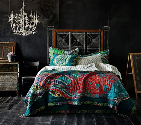 chalkboard bedroom chalkboard wall trend comes to modern homes 38 inspirational ideas