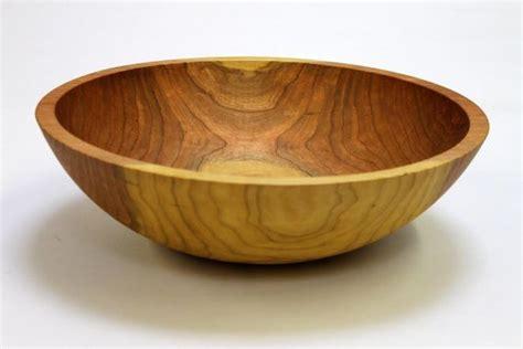 wooden salad bowls 25 best ideas about wooden salad bowls on pinterest