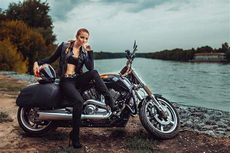 Motorrad Bilder Mit Frauen by Harley Davidson Wallpaper And Background Image 1440x960