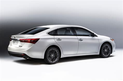 Toyota Avolon 2016 Toyota Avalon Reviews And Rating Motor Trend