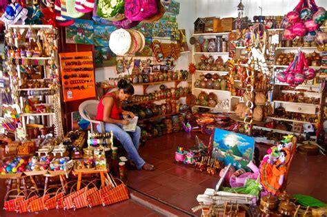 Handcraft Market - a masaya market trip in nicaragua