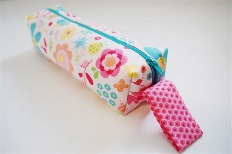 pattern for fabric pencil case pencil casetutorial hamels thread
