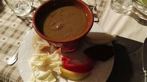 piatto piemontese bagna cauda la guida alla bagna cauda il pi 249 tipico piatto piemontese