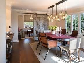 Farmhouse Dining Room Lighting 30 Unassumingly Chic Farmhouse Style Dining Room Ideas