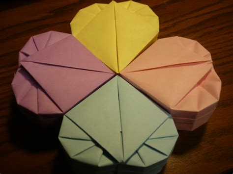 Useful Origami Crafts - lined paper origami