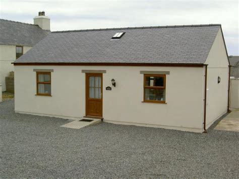 Rhosneigr Cottages by Rhosneigr Cottages Glan Gors Self Catering