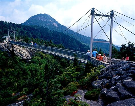 grandfather mountain swinging bridge grandfather mountain bridge by rdswords on deviantart