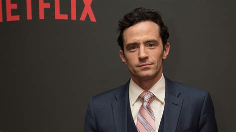 house of cards meechum exclusive house of cards star nathan darrow on his flirty bond with kevin spacey
