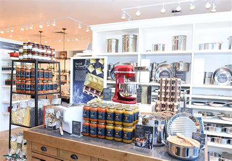 Can You Use Williams Sonoma Gift Card At Pottery Barn - 10 worst store credit cards you should avoid at all costs page 9