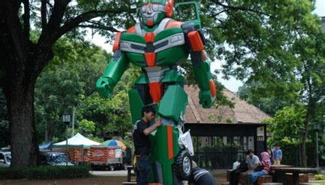 membuat npwp di bandung barat lewat taman robot kota bandung ingatkan pentingnya angkot