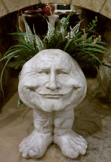 papa john face planter    garden fun