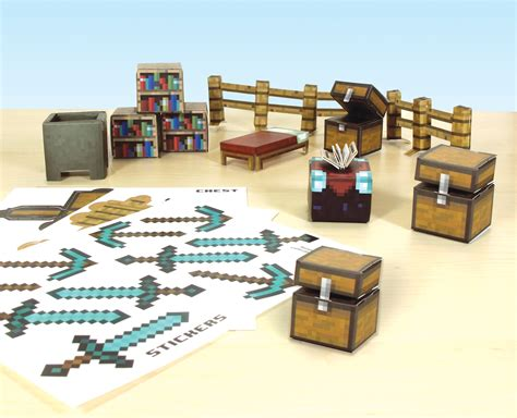 Papercraft Sets - jazwares shows range of minecraft papercraft