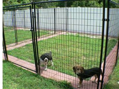 Backyard Ideas To Keep Dogs Entertained Patio Stones Inside Outside The Boarders To Deter Digging