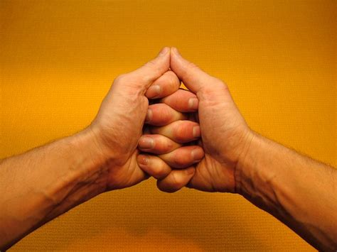 kundalini hasta mudra infinite figure  lemniscaat yoga