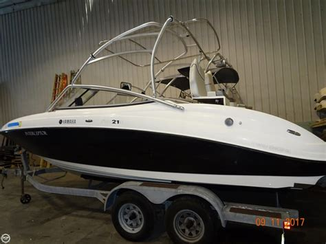 yamaha jet boat in ocean jet boats for sale boats
