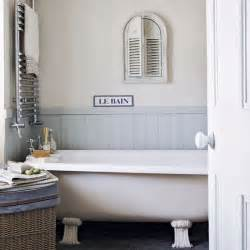 Small country style bathroom simple bathroom designs freestanding