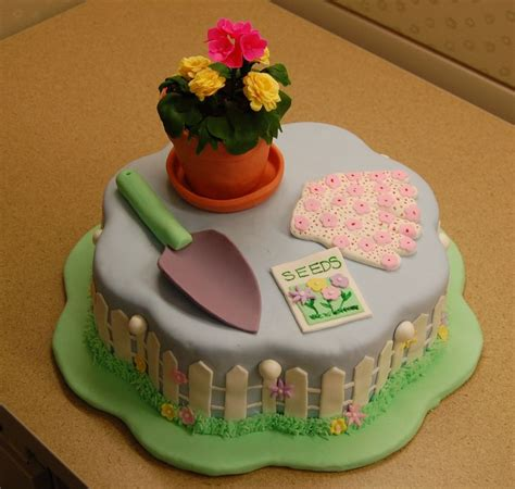Flower Garden Cake Ideas 67401 63 Best Images About Retirement Cake Ideas On Pinterest Retirement Cakes Retirement