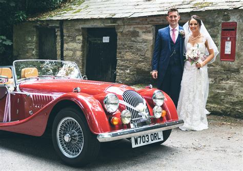 Wedding Car And Driver Hire by Wedding Car Hire