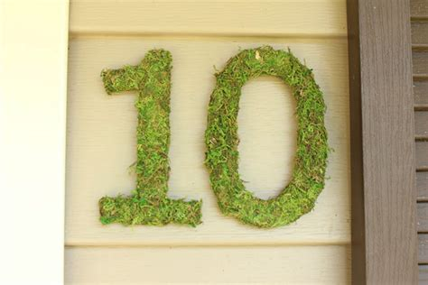 house numbers on vinyl siding diy large house numbers checking in with chelsea
