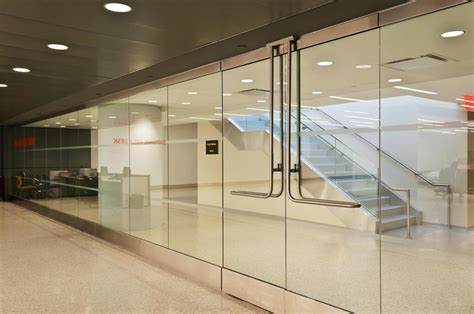 glass partition design jet blue terminal 5