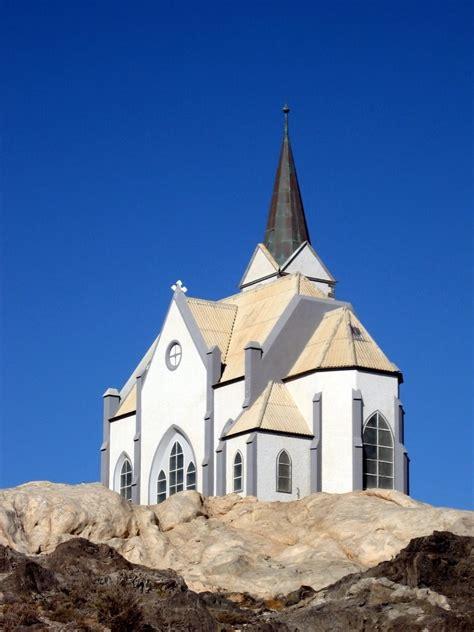 evangelical churches