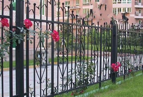 recintare un giardino recinzioni giardino recinzioni come recintare il giardino
