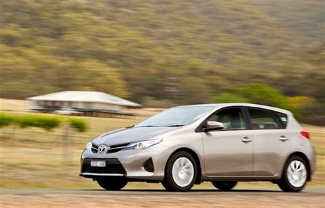 analysts auto sales to stabilize in september finish 2014 strong australia september 2013 toyota corolla closer to
